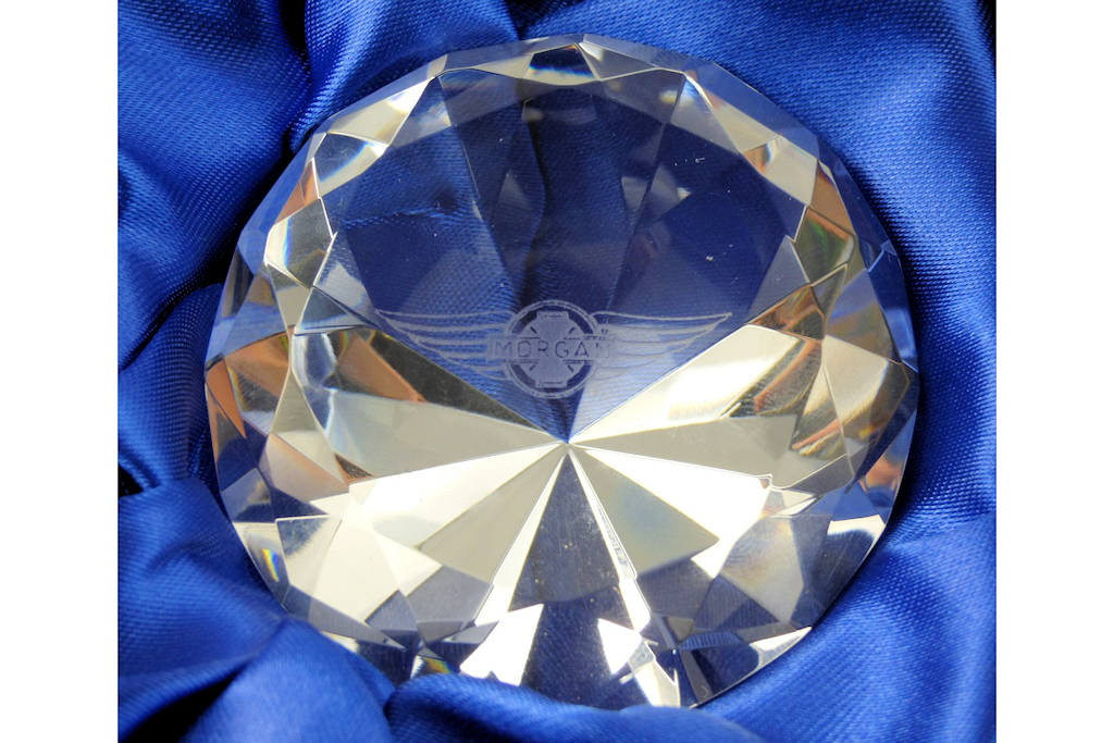 "6cm optical crystal diamond paperweight engraved with Morgan ""Wings"" logo-0"