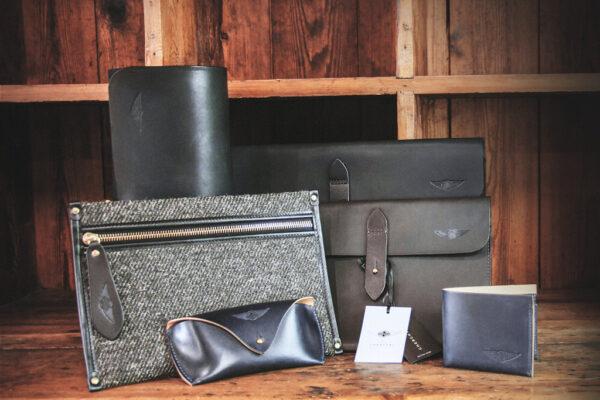 Tablet Sleeve Waxed Leather Black - Cherchbi-2942