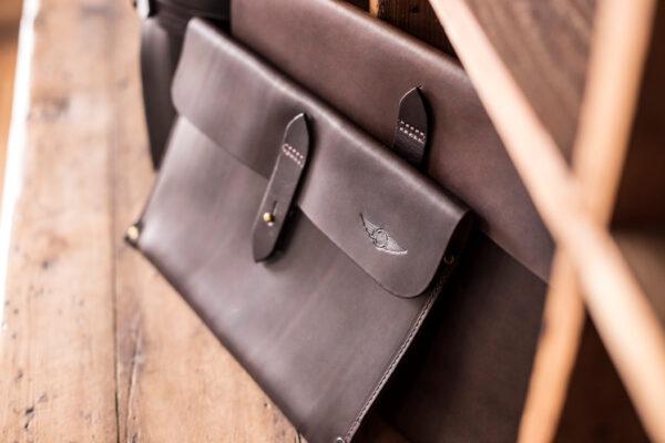Tablet Sleeve Waxed Leather Brown - Cherchbi-3357