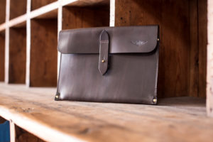 Tablet Sleeve Waxed Leather Brown - Cherchbi-0