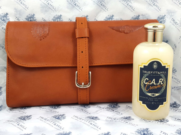 Morgan Motor Company Limited Edition Washbag-3948